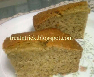 BANANA AND OATMEAL CAKE
