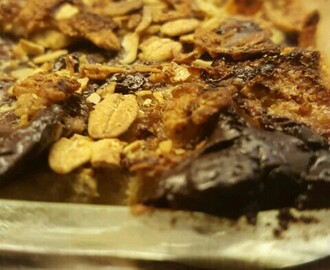 Sugar-free Bread Pudding with Cranberry and Chocolate