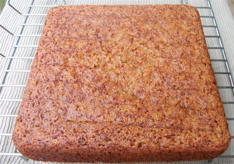SEMOLINA BANANA CAKE (Fatless and egg less)