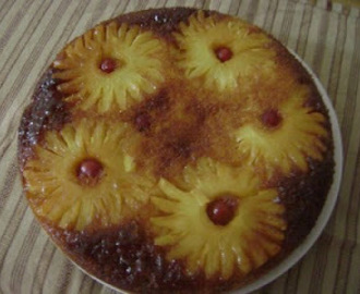 Pineapple upside down cake (Just Bakes)