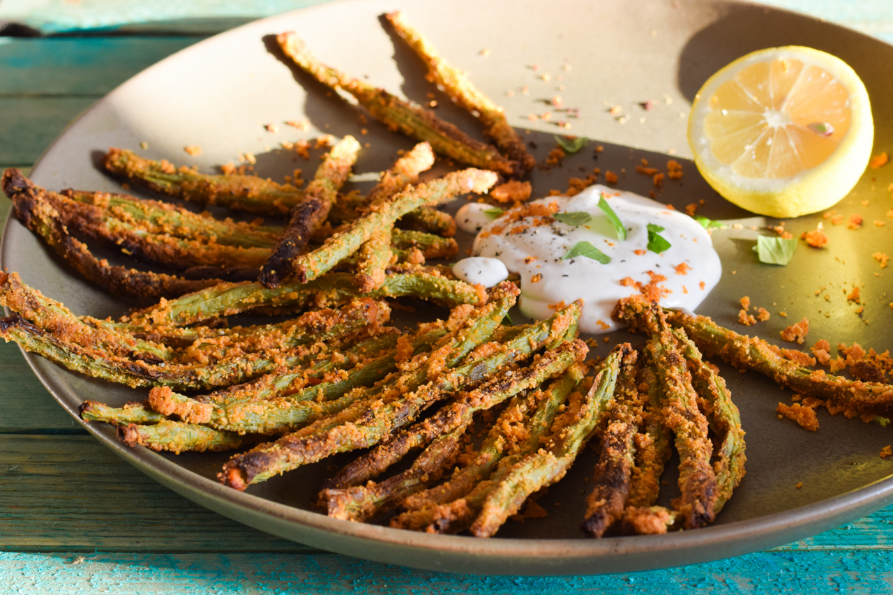 Köstliche Low Carb Green Bean Fries mit Aioli-Dip