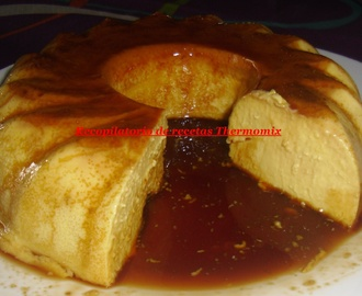 Flan de nueces y chocolate blanco en Thermomix