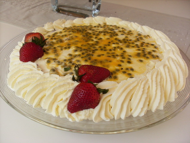 Mim's Fruit and Wine Trifle