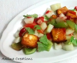 PANEER TIKKA AND VEGETABLE SALAD WITH STRAWBERRY PUREE