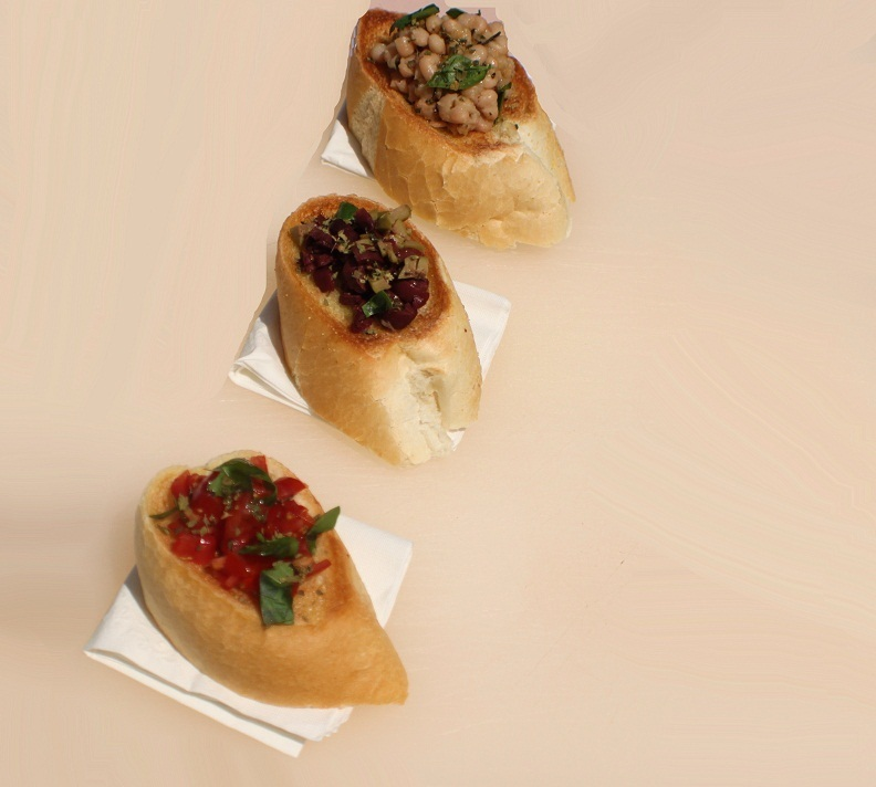 Simple Italian Crostini Recipes for Game Day Appetizers