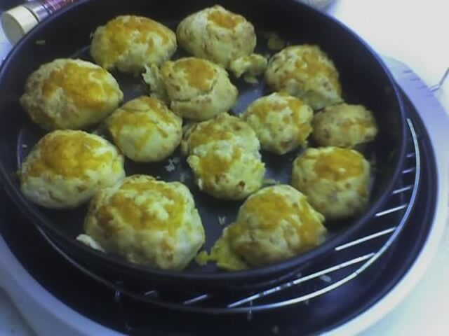 Red Lobster Cheddar Biscuits - Nuwave/Flavorwave Ovens