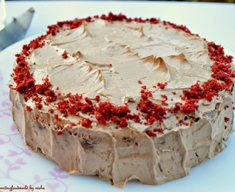 Red Velvet Cake with Nutella butterceam frosting