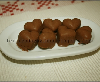 Bombons de Chocolate com Amendoins