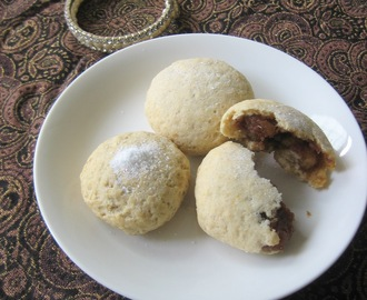 Ma'amoul - Stuffed date cookies