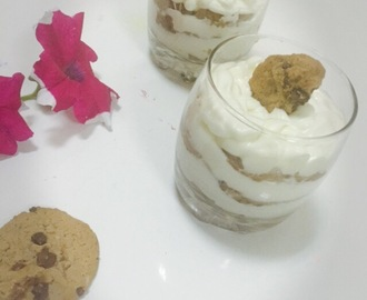 EASY COOKIES DESSERT/EASYD EESRT IN GLASS/3 INGREDIENTS DESSERT