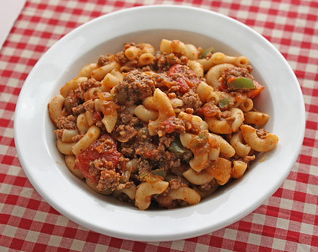 Recipe for Goulash with Ground Beef