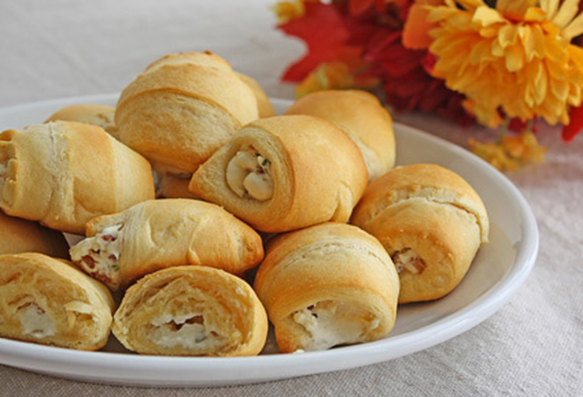 Cream Cheese Bacon Crescents - Easy Appetizer