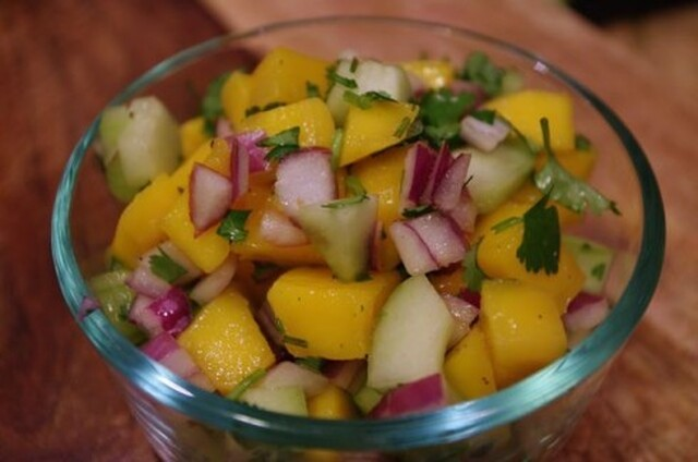 Recipe: Mango Cucumber Salsa