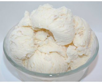 coconut cream ice cream with 3 ingredients (egg-free)