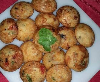 Rava Appe Recipe, How to make Instant Semolina Appe Recipe | Pan Fried Rava Hoppers