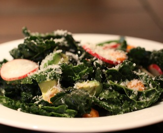 Raw Tuscan Kale Salad with Lemon and Pecorino