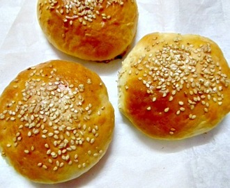 Eggless Burger Buns Recipe/How to make Eggless Burger Buns.