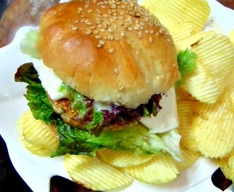 Homemade Chicken Burger/Juicy Chicken Burger Recipe