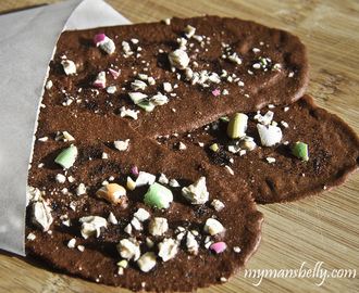 Giant Crispy Chocolate Wafer Cookies