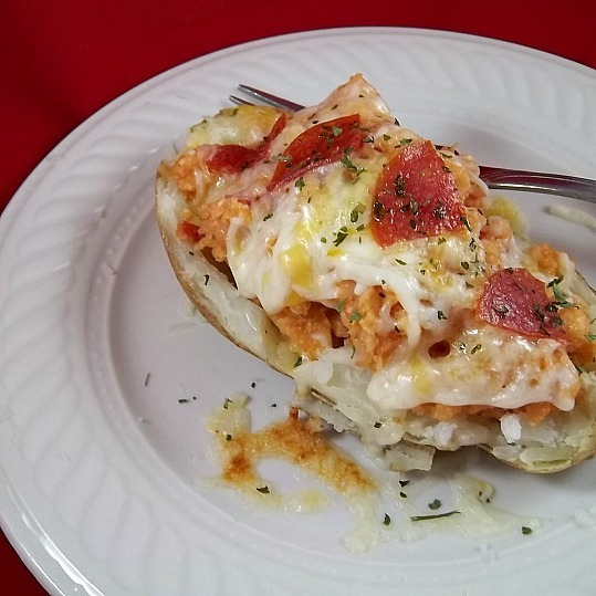 Pizza Stuffed Potato (glutenfree)