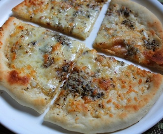 Easy White Garlic Pizza Recipe / Italian White Pizza Recipe