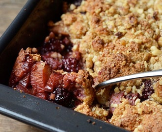 Blackberry Rhubarb Crumble