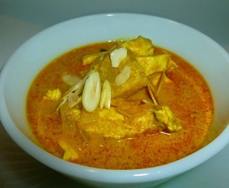 Chicken with pineapple Curry