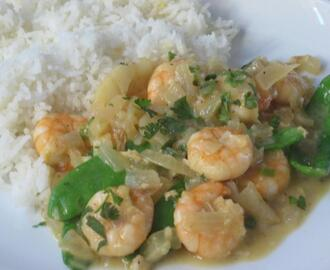 Summer Prawn Curry with Coconut and Lime
