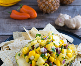 Spicy Pineapple Chunky Salsa