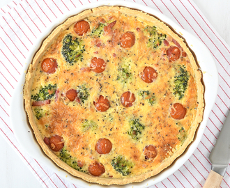 Quiche met broccoli en tomaat