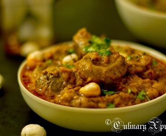 KHUMB MAKHANA KI SABZI- BUTTON MUSHROOMS & PUFFED LOTUS SEEDS IN RICH CASHEW TOMATO GRAVY