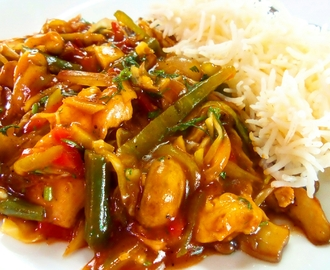 Stir fry vegetables with chicken.