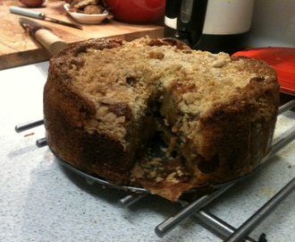Apple & Mincemeat Crumble Cake
