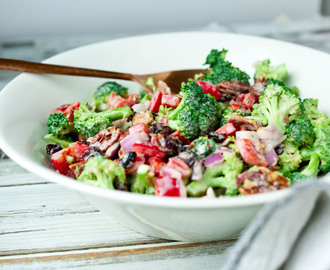 Broccoli Salad with Yogurt Dressing