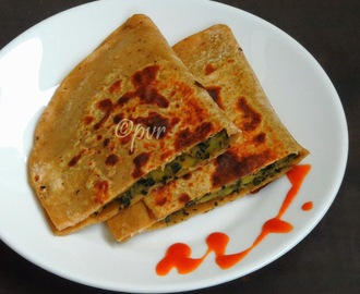 Methi, Aloo Pocket Parathas/Fenugreek Leaves, Potato Pocket Parathas