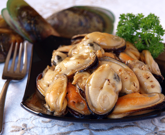 Butter Garlic Mussels