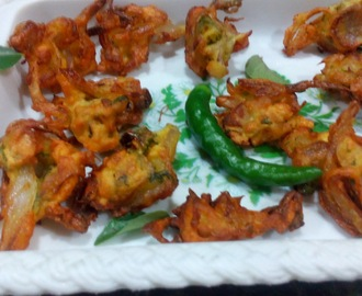 Pyaaz pakoda,Onion pakora south style,how to make andhra style onion pakora