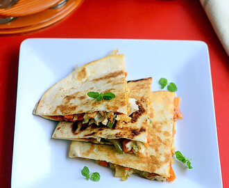 Veg Quesadilla Recipe - Indian Vegetarian Quesadilla