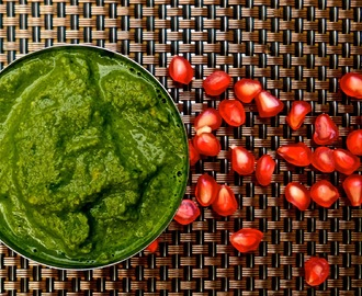 Mint & Pomegranate Chutney