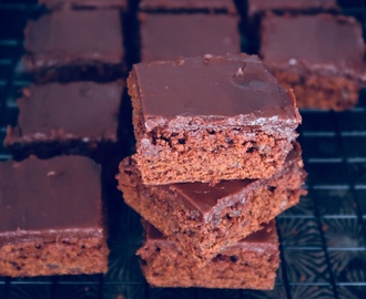 Chocolate Zucchini Brownies * Schokoladen Zucchini Brownies