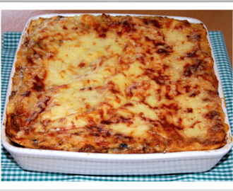 Lasagne with spinach and black beans / Lasanha com espinafres e feijão preto!