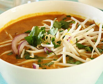 Thai Red Curry Chicken Noodle Soup