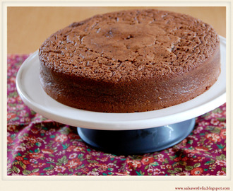 Buckwheat and almond chocolate cake / Bolo de chocolate, farinha de trigo sarraceno e amêndoa!