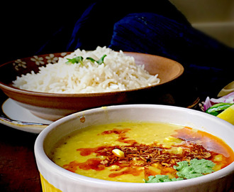 Dal Lehsuni – Red Lentils Cooked with Garlic