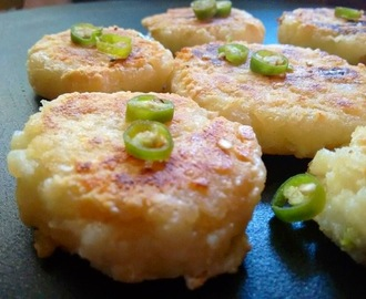 PANEER AALOO TIKKIS ( POTATOES AND CHEESE PATTIES )