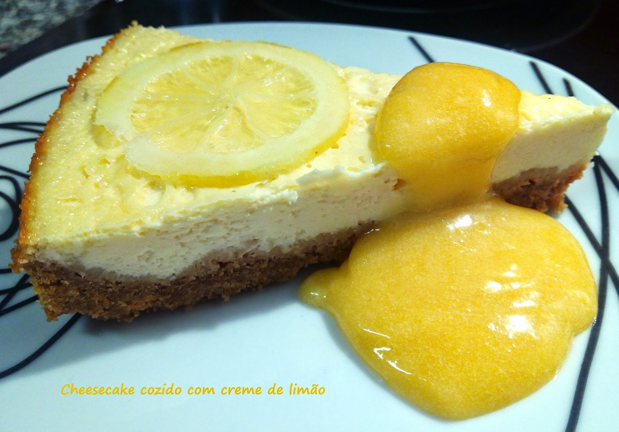 Cheesecake de Limão no forno com Lemon Curd