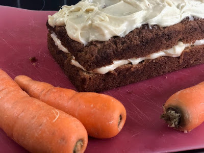 Easy Loaf Tin Carrot Cake