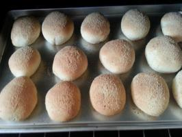 Filipino Pandesal Bread ( Bread Machine )
