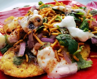 Papdi Chat / Sev Puri ( Holi Special )