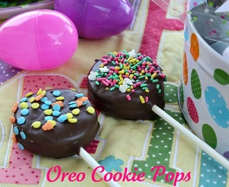 Easter Oreo Cookie Pops {Easy Peasy}